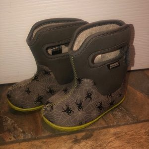 5T Bogs Winter Boots